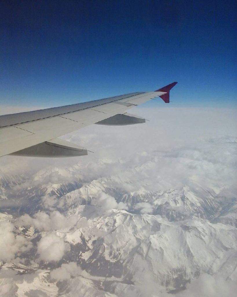 Самолеты, зима и красота неба в лучших фото