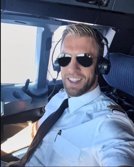 Пилот Йонас